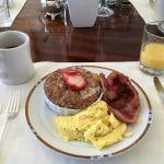 Delicious breakfast -- scrambled eggs, Virginia ham, maple bread pudding.