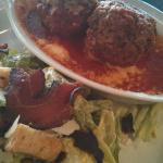 Caesar salad with meatballs