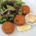 Smoked salmon fish cakes