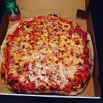 Pizza Margherita la meilleure avec un supp mozza 👍🏻