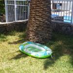 von der terrasse direkt zum pool