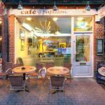 Cafe Papillon - Front