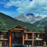 Welcome to Canadas Best Value Inn & Suite Fernie