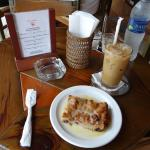 Delicious cold coffee and bread pudding in Cafe Cubano in Sosúa