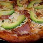 10 inch artichoke and avo pizza