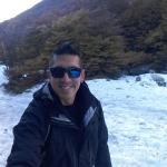 Camino al glaciar (la pista de ski atrás)
