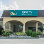 Quality Hotel & Suites Woodstock
