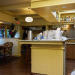 Jonathan's Restaurant and Lounge