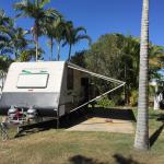Great caravan park with excellent location. $4.95 roast dinner on Thurs and Sun night across roa