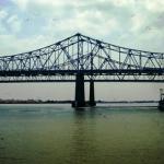 Il ponte dal riverwalk