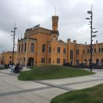 Tolles Hotel im Herzen von Breslau. Die schönsten Plätze sind fußläufig erreichbar.