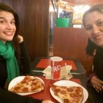 """""""Pedacinho"""" de pizza delicia do Famiglia Pizzeria"""