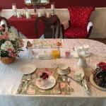 Rose pays attention to every detail, as you can see with the perfectly arranged table set up