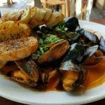 Mussels in chorizo cream sauce