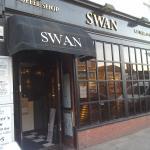 ภาพถ่ายของ The Swan