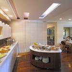 Adoral Hotel Restaurant