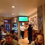 Sehr Italienisch die Bar Celentano, immer voll und laut, aber mit gutem Essen