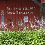 Foto de Red Barn Village Bed and Breakfast