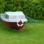 La cabane-bateau dans le jardin