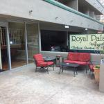 Photo de Royal Palace Westwood