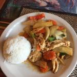 Luncheon special Spicy Bamboo with Chicken and white rice: delicious!