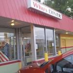 Front of Who's Diner