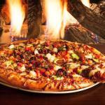 La pizza '' Scécial Excellence'' c'est notre choix familiale.