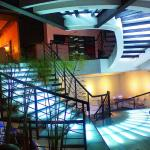 Five Seasons Resto & Lounge Foto