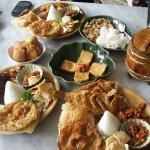 Nasi Ulam, Fried Tofu, Fried Tempe, Karedok (raw vegetable salad with peanut sauce)