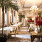 Louis Philippe Cafe Restaurant