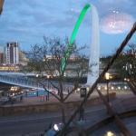 Millennium Bridge little up