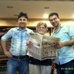 """Reading"" a weekly newspaper with Ugur & Hassan in their gallery"
