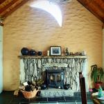 Lissyclearig Thatched Cottage Picture