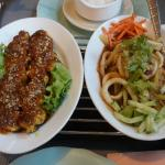 Photo de Hoa Sen Restaurant