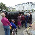 Camionnette nous conduisant vers la grotte vu problème de mobilité