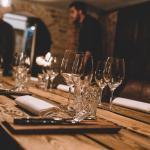 Vinkælder - privat rum til møder, mandeaften eller andre mindre selskaber op til 9 gæster.