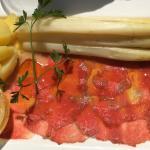 Spargel/Rinder-Carpaccio/Kartoffel/Nussbutter