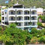 Saga Hotel Studios & Apartments