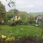 Beautiful b&b with well loved grounds , garden, labyrinth , and crystals