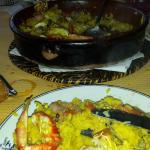 Paella de marisco, con nécoras, buey, almejas y gambas