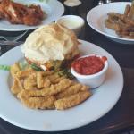 burQueño burger with calamari fries
