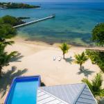 Vivaro Roatan Private Beach