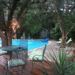 Photo de Casa del Sol Bed and Breakfast at Lake Travis