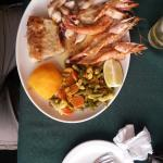 Srumptious seafood platter for one.
