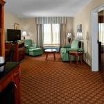 Photo de Hilton Garden Inn Wilmington Mayfaire Town Center