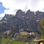 Aussicht auf die Berge vom kleinen Zimmerbalkon