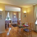 Living room of 2-bedroom apartment Executive, Citadines St Mark's Islington London