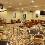 Landing's Lounge & Restaurant