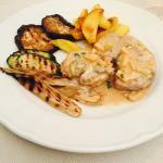 Ottima cena simpatico personale e bravi a soddisfare palato e papillegustative!