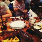 Nuestra cena... buen ambiente y muy buena.